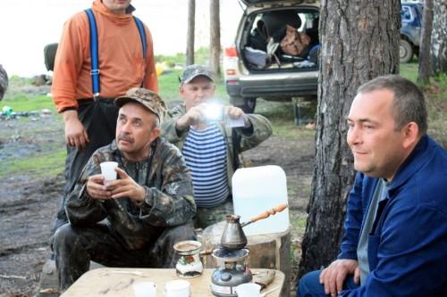 Фестиваль В гостях у батьки Махно_Сергей готовит кофе