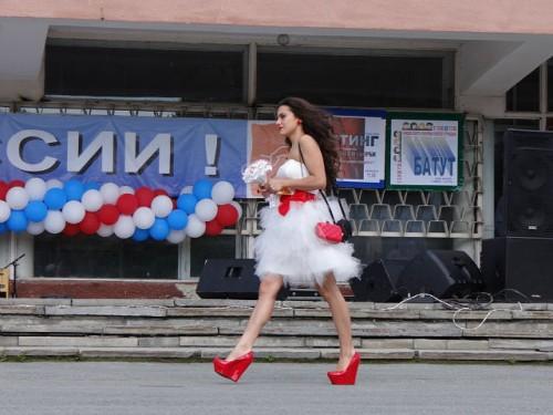 Парад невест в Рефтинском
