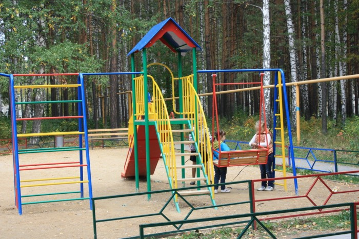 Рефтинский-Детская-площадка