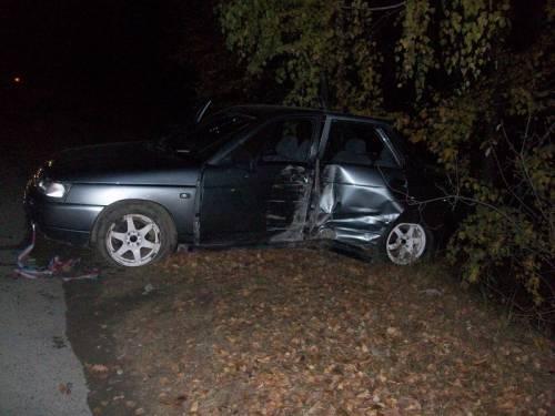 В поселке Рефтинском, в результате автопроисшествия, пострадали два человека